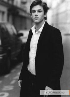 Gaspard Ulliel - what kind of flawless man? Virginia Woolf, Ulliel Gaspard, Kylie Scott, French Models, Vogue, Gary Oldman, Dream Guy, Love At First Sight, Michael Fassbender