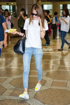 SNSD Yoona Airport Fashion | Official Korean Fashion