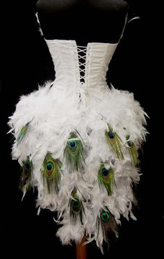 White Pick Size Peacock Eye Feather Brocade Showgirl Saloon Girl Moulin Burlesque Costume w/Feather Train Mardi Gras Costumes, Burlesque Costumes, Dance Costumes, Halloween Costumes, Showgirl Costume, Burlesque Corset, Costume Blanc, Fancy Dress, Burlesque