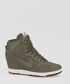 61 Ideas sneakers nike wedges style for 2019 Nike Wedge Sneakers, Nike Wedges, High Top Sneakers, Shoes Sneakers, Sneaker Wedges, Hightop Shoes, Nike Outfits, Converse Outfits, Dream Shoes