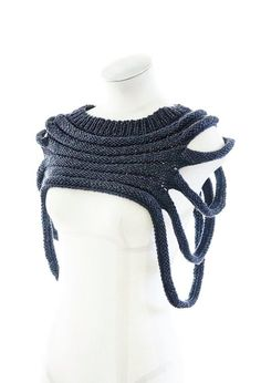 PDF Knitting Pattern - Outbreak - post apocalyptic unisex cowl pattern Breakout is a distressed unisex hood / scarf. The distorted oval shape can be swiveled to work symmetrically or asymmetr. Hooded Scarf, Cowl Scarf, Knit Poncho, Knitting Patterns Free, Knit Patterns, Knitting Ideas, Easy Knitting, Crochet Clothes, Diy Clothes