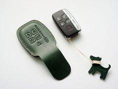 Handmade Range Rover Ieather Remote key Case Holder by dextannery Leather Key Case, Leather Keychain, Leather Cover, Car Key Holder, Vegetable Leather, Key Covers, Range Rover Sport, Leather Projects, Leather Craft