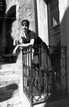 Ferdinando Scianna 1998 Lisbona, Portogallo: foto di moda.