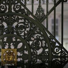 #Torino raccontata dai cittadini per #InTO Foto di @cesco_78 #torino Un cancello reale