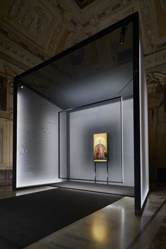 set within milan's palazzo marino, the exhibition aims to adapt and guide the eye and mind towards the understanding of the madonna della misericordia. Exhibition Booth Design, Exhibition Space, Museum Exhibition, Exhibition Display Stands, Exhibit Design, Display Design, Stand Design, Design Design, Design Ideas