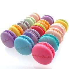Box of 5 Custom French Macarons