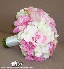 pink wedding flowers, bouquet
