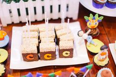 Coco's Fun-Filled Pinoy Fiesta Fiesta Theme Party, Birthday Party Themes, Birthday Ideas, Pinoy, Filipino, First Birthdays, Philippines, Celebration, Cake