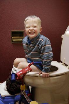 Montessori and Potty Training Boys {Confessions of a Montessori Mom}