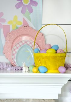 Easter Backdrop - April Backdrop of the Month by Lindi Haws of Love The Day Easter Dinner, Easter Party, Easter Backdrops, Easter Ideas, Diy Crafts, Free, Make Your Own, Homemade, Craft