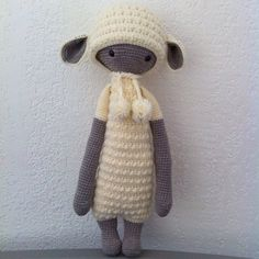 LUPO the lamb made by kim_danslesnuages / crochet pattern by lalylala