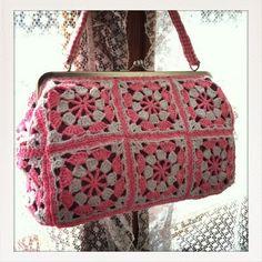 Isabelle Kessedjian: A crochet bag