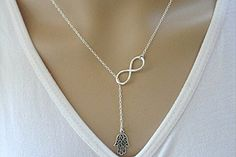 Beancase(TM) Fashion Silver Hand and Infinity Pendant Necklace(1 Pc) - Jewelry For Her