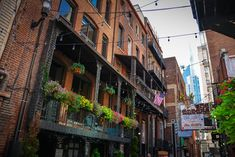 printers alley downtown nashville attractions