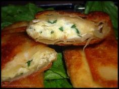 Ramadan recipes 666392076084014159 - bourack-fromage-ail-persil Source by Tunisian Food, Turnover Recipes, Ramadan Recipes, Home Food, Wrap Sandwiches, Empanadas, Appetisers, Finger Foods, Tapas