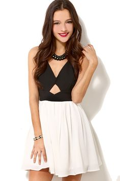 """CHIC """"Bow for Me"""" Criss Cross Back Dress"""