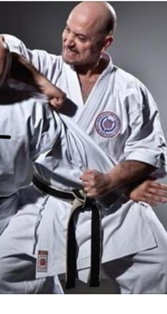 afb0d3441 Shotokan karate expert Joe Mirza demonstrates tai sabaki -- a concept from  the heian shodan kata -- for Black Belt magazine in an exclusive video  lesson!