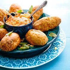 Recept - Libanese kibbe met yoghurtdip - Allerhande Zo lekker!!!