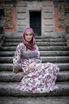 aljalabiya.com: Floral Nightingale Cotton patterned and print kaftan (N-13213-10) $84.00