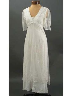 """for those of you obsessed with """"Downton Abbey""""  Nataya Vintage Inspired Ivory Embroidered Tulle Empire Dress"""