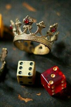Metal Crown with Red Jewels Gold Aesthetic, Aesthetic Images, Aesthetic Wallpapers, Cool Wallpaper, Iphone Wallpaper, Sparkle Wallpaper, Arte Do Hip Hop, Metal Crown, Red Jewel