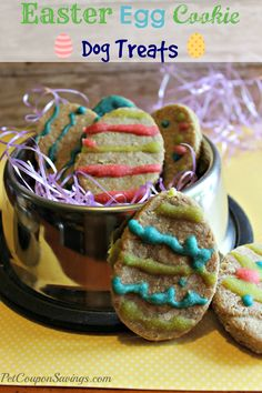 Homemade Easter Egg Cookie Dog Treats! How cute are these? They're simple to make, too! #diy #homemade #dogs #easter
