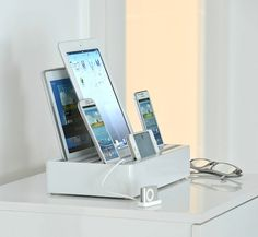 1 stop docking station from All-Dock, Kickstarter project from Dittrich California in Berkley, can charge up to 6 devices simultaneously