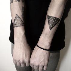 http://tattoos-ideas.net/triangle-tattoos-by-nissaco-tatau/