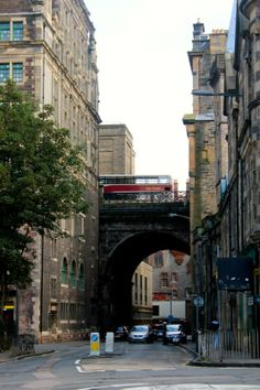 Edinburgh Edinburgh, Shortbread, Great Britain, Great Places, Scotland, University, Street View, Urban, Country