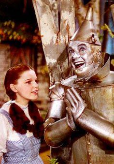 Wizard of Oz 1939 Judy Garland-Dorothy Gale, Jack Haley-tinman Wizard Of Oz Movie, Wizard Of Oz 1939, Tolkien, Science Fiction, Bon Film, Land Of Oz, Broadway, Yellow Brick Road, Tin Man