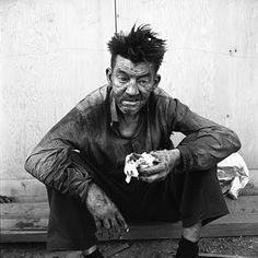 Homeless Man by Vivian Maier Un visage marqué par la vie, les épreuves... regardez moi!!!