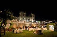 Castello di Bevilacqua_ricevimento serale in giardino