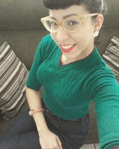 Green Sweater #pinup #pinupgirl #brazilianpinup #pinupjoinville #cherryann #vintagestile #vintagegirl #50slife #50sstile