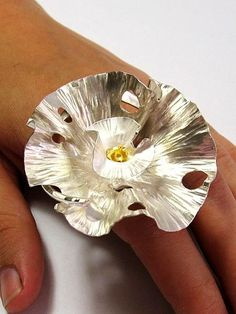 Michelle Pujol - Contemporary Jewellery