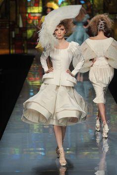 АРТ АРТель про искусство - Из архива - Christian Dior Haute Couture Spring Summer 2009 - Paris