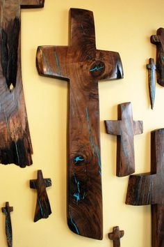 "50 "" high x wide Walnut Wall Cross with Turquoise Inlay Wooden Crosses, Wall Crosses, Wooden Diy, Wooden Signs, Wood Projects, Woodworking Projects, Old Rugged Cross, Cross Art, Cross Crafts"