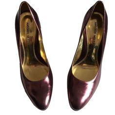 "Antonio Melani Sz 8.5 Glossy Purple Heels EUC Antonio Melani Sz 8 1/2 Glossy Purple Heels EUC Approximately 4"" Heels PurpleGlossy Slightly scuffedVery comfortable Pre -Owned ANTONIO MELANI Shoes Heels"