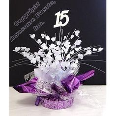 Create Special Centerpieces Out Of Cheap Balloon Weights 60th Birthday Centerpieces, Anniversary Centerpieces, Quinceanera Centerpieces, 60th Birthday Party, Quinceanera Party, Birthday Party Decorations, Wedding Centerpieces, Party Themes, Diy Artwork