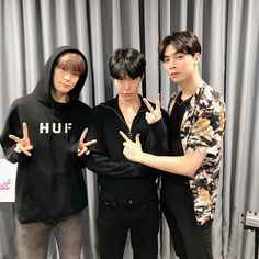 Image may contain: 3 people, people standing Nct Johnny, Jaehyun Nct, Nct 127, Darren Wang, Valentines For Boys, Jung Jaehyun, Golden Child, Min Suga, My Favorite Music