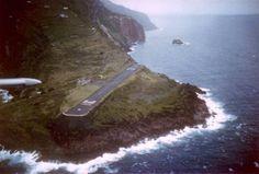 Saba_airport-pia L.jpg  SCARY AIRPORTS