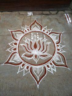 Simple Rangoli Designs Images, Rangoli Designs Flower, Colorful Rangoli Designs, Rangoli Ideas, Rangoli Designs Diwali, Flower Rangoli, Beautiful Rangoli Designs, Rangoli Simple, Small Rangoli