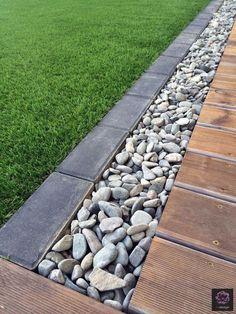 24 beautiful side yard and backyard gravel garden design ideas 24 Backyard Patio, Backyard Landscaping, Landscaping Ideas, Patio Ideas, Patio Stone, Flagstone Patio, Concrete Patio, Patio Table, Landscaping Borders