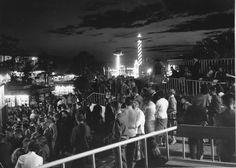 Elokuun ilta 1957 #finland #helsinki #linnanmaki #summer #kesa #visitfinland #huvipuisto #amusementpark #nojespark #puisto #park #nostalgia