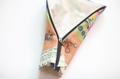 How to sew a pencil case or make up bag with a zip DIY tutorial.