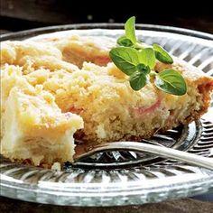 Maisemakahvilan raparperipiirakka - Reseptit – Kotiliesi Finnish Recipes, Vegan Recipes, Cooking Recipes, Good Food, Yummy Food, Sweet Pie, Food Tasting, Food Test, Desert Recipes