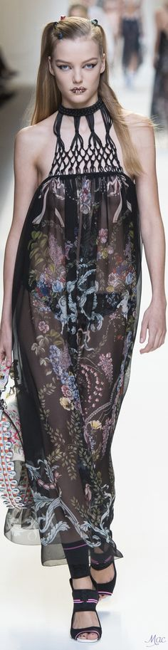 Spring 2017 Ready-to-Wear Fendi