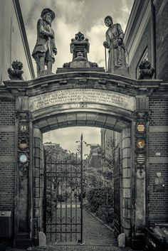 Bornpoort by Rob Menting on The Province, Big Ben, Netherlands, Places Ive Been, Holland, Dutch, Louvre, City, Building
