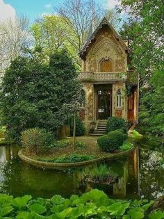 ...just a little cottage in the woods...