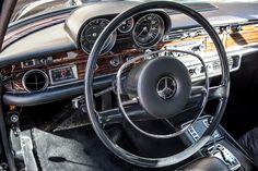 Mercedes - Benz 300 SEL 6.3 interior