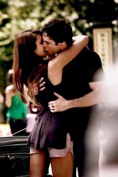 I loved this episodes when Elena was up to go to colege and when it was her first time there <3